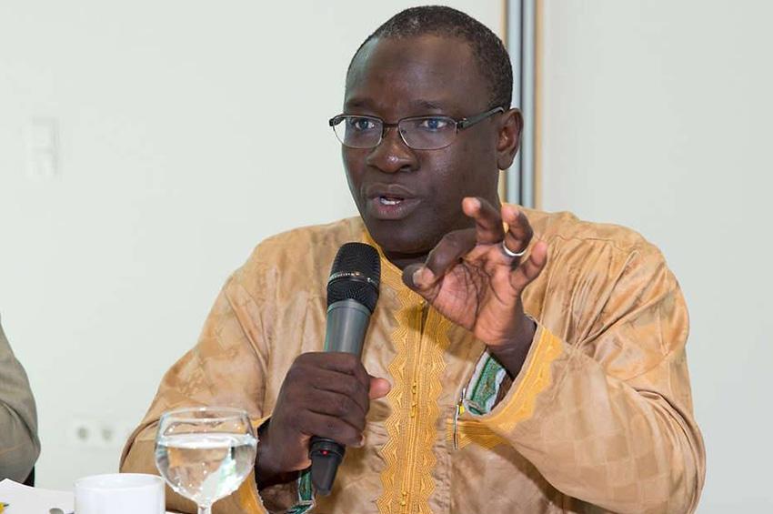Bakary Sambe : « Les attaques salafistes contre les confréries relèvent d'un agenda global visant la stabilité du pays et le vivre