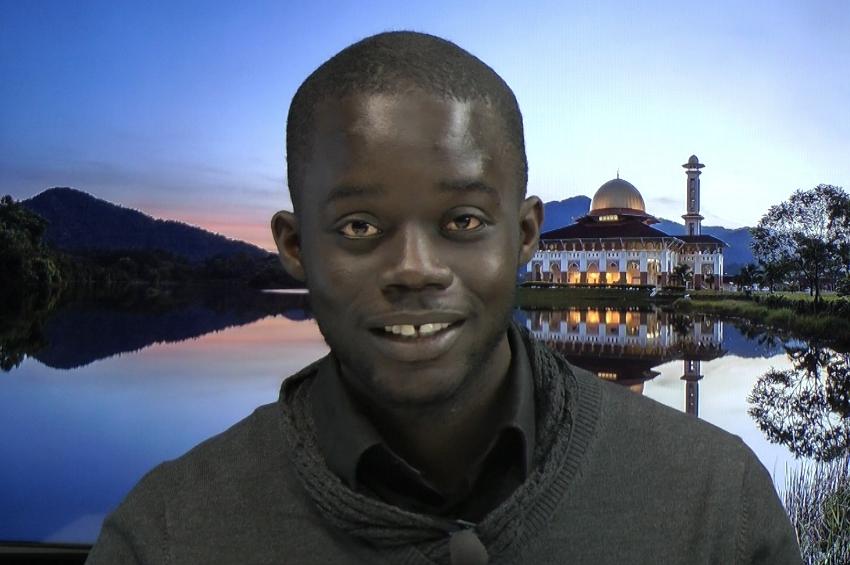 """Seydi Djamil Niane, doctorant en Islamologie et chercheur attacher à Timbuktu Institute """"La violence n'a rien à voir avec l'Islam..."""""""