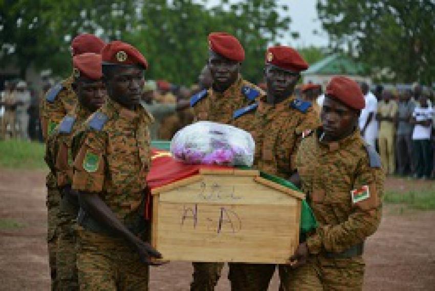"""Bakary Sambe : """"Si le verrou burkinabe saute la zone d'instabilité s'étendra loin de l'épicentre sahélien du jihadisme"""""""