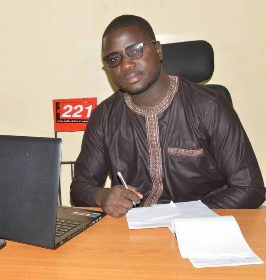 Mohamed Maiga jette un regard sur l'Oeuvre de Seydi Djamil NIANE