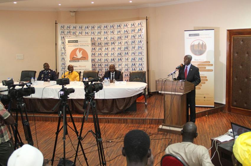 L'Ambassadeur des Etats-Unis à Dakar à la Clôture du Programme « Educating for Peace »