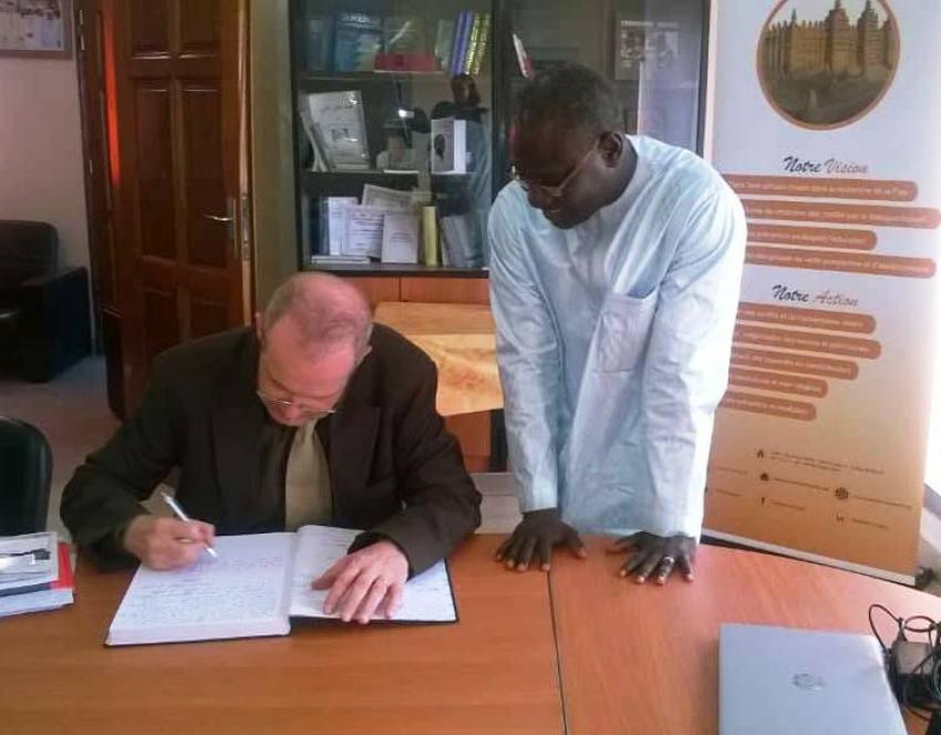 Ambassador Stephan Röken of Germany visits the Timbuktu Institute
