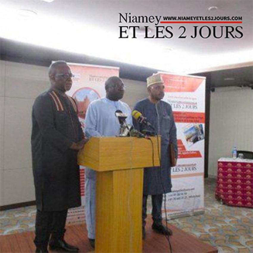 """NIAMEY ET LES 2 JOURS """"Un modèle de participation citoyenne d'un média, à la consolidation de la paix au Sahel"""""""